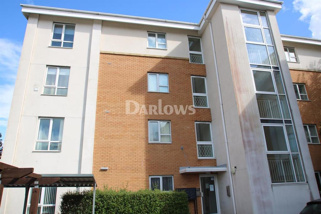 2 Bedrooms Flat for sale in Overstone Court, Cardiff Bay
