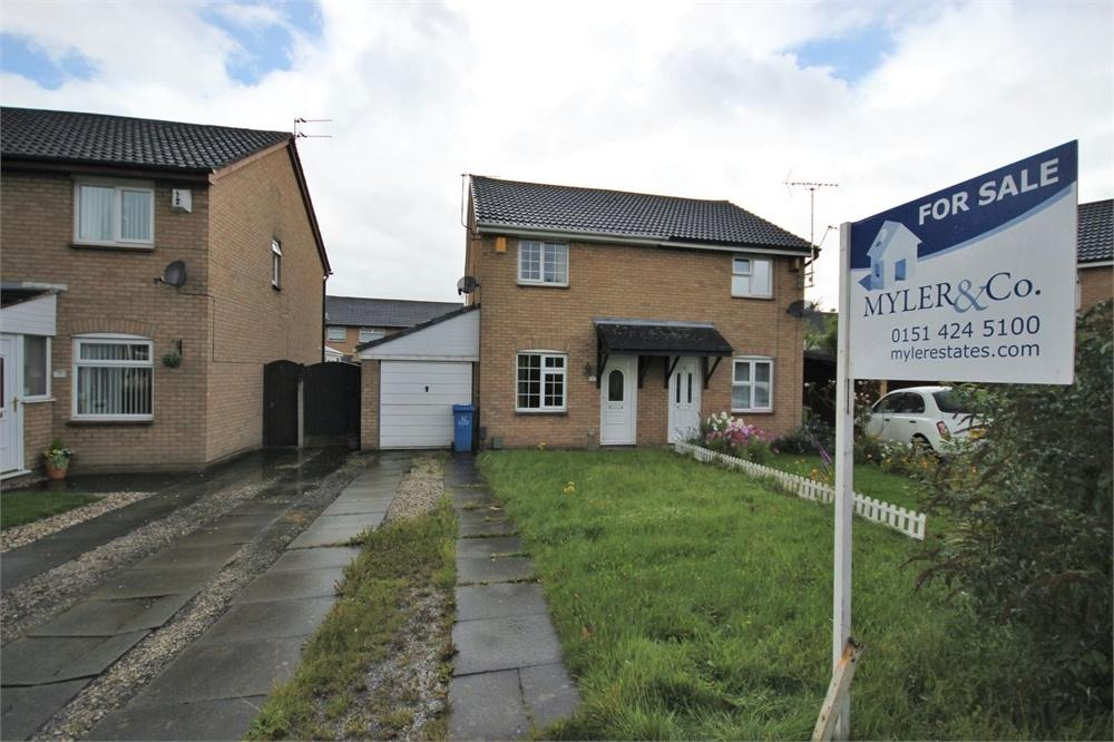 2 Bedrooms Semi Detached House for sale in Whernside, WIDNES, Cheshire