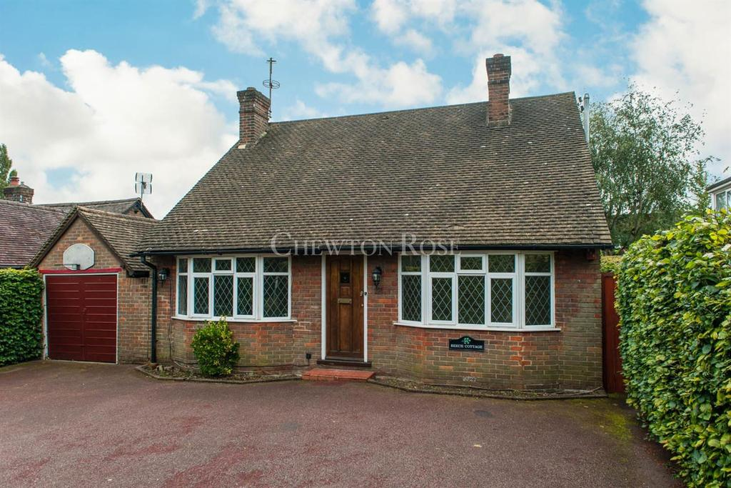 4 Bedrooms Bungalow for sale in Amersham Road