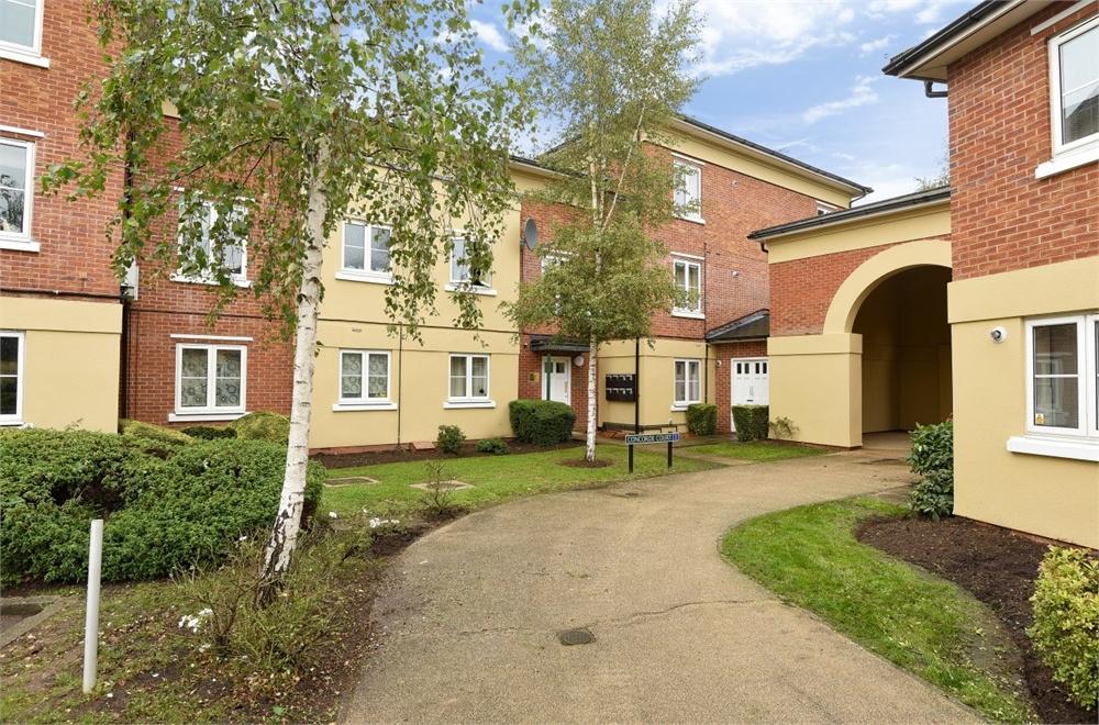 1 Bedroom Flat for sale in Concorde Court, Windsor, Berkshire