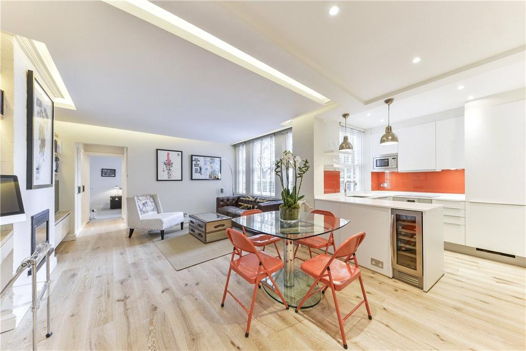 1 Bedroom Flat for sale in Cranmer Court, Whiteheads Grove, London, SW3