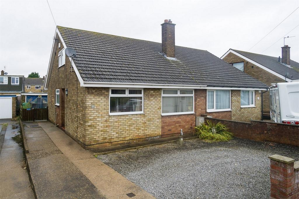 4 Bedrooms Semi Detached Bungalow for sale in Owst Road, Keyingham, East Riding of Yorkshire