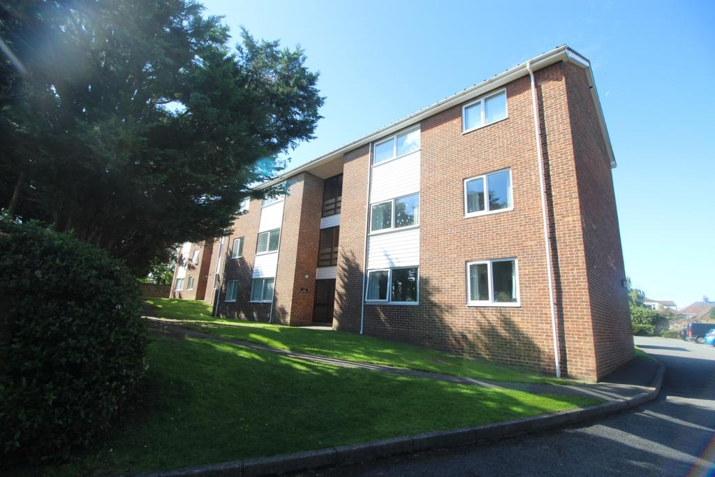 2 Bedrooms Flat for sale in Station Road Crayford DA1