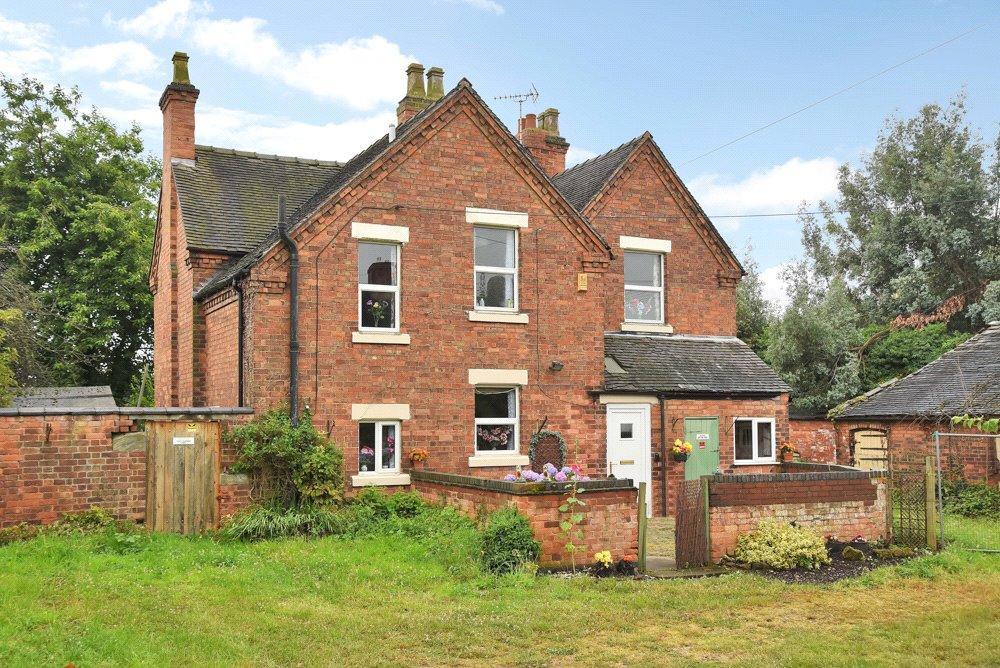 3 Bedrooms Detached House for sale in Findern, Derby, Derbyshire