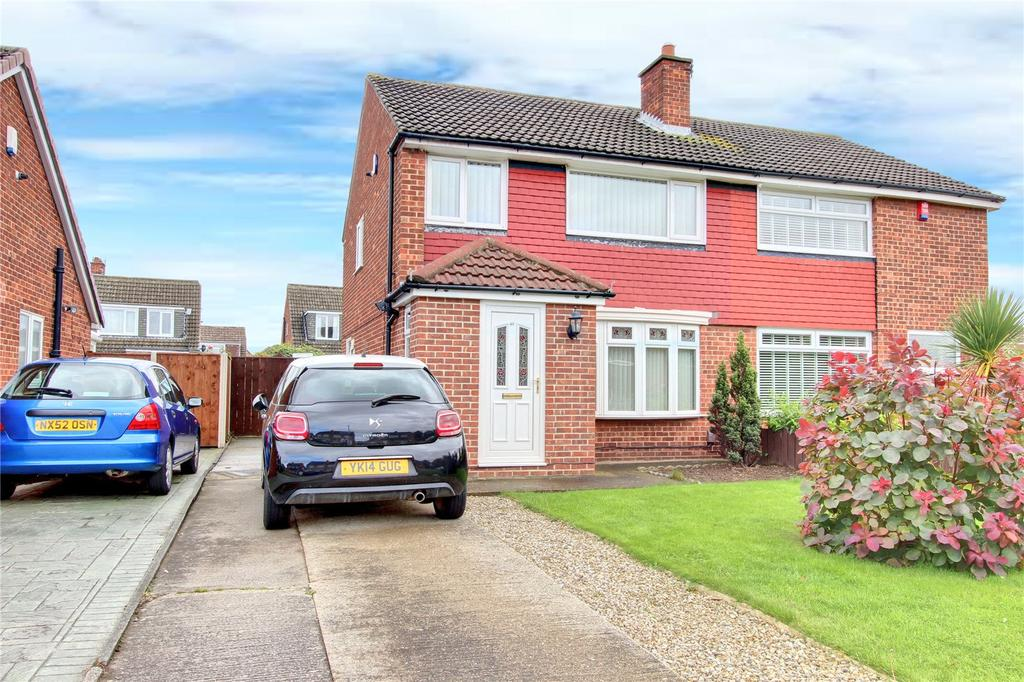 3 Bedrooms Semi Detached House for sale in Merrington Avenue, Acklam