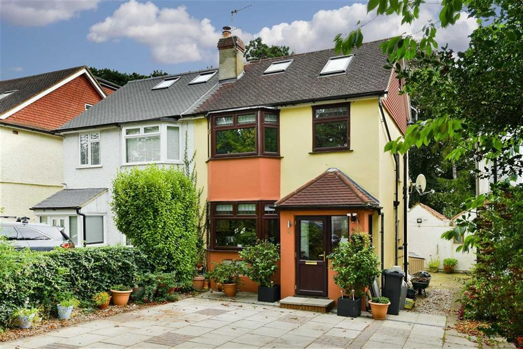 3 Bedrooms Semi Detached House for sale in Chipstead Way, Banstead, Surrey