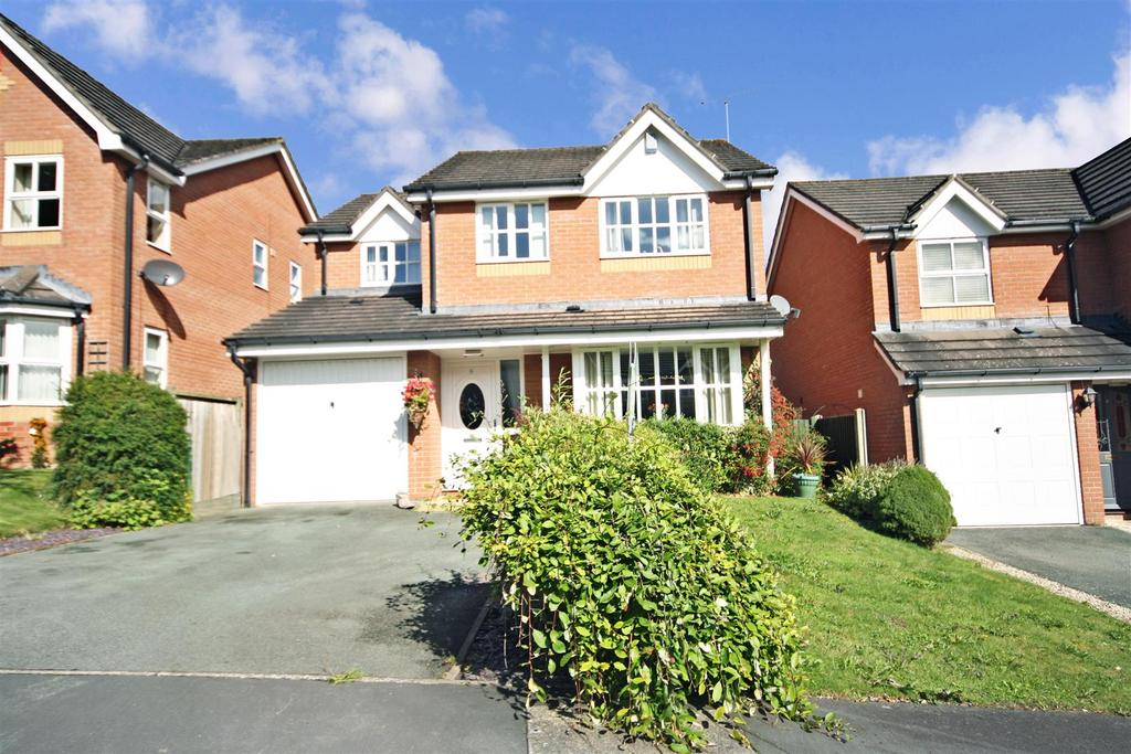 4 Bedrooms Detached House for sale in Glentworth Rise, Oswestry
