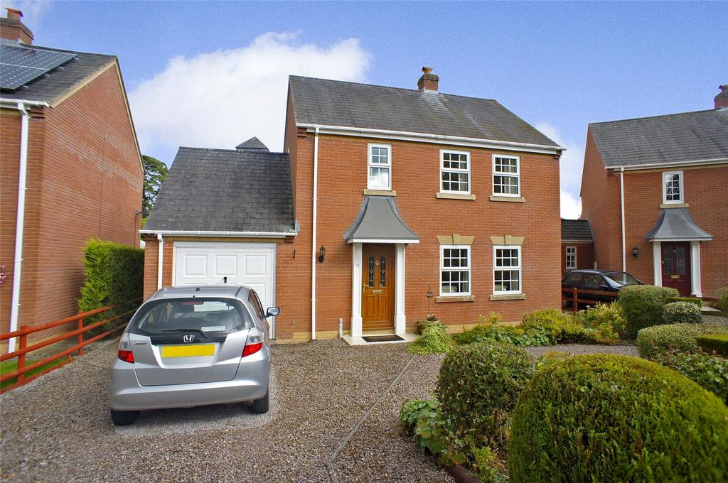 3 Bedrooms Detached House for sale in Park Avenue, Kerry, Newtown, Powys