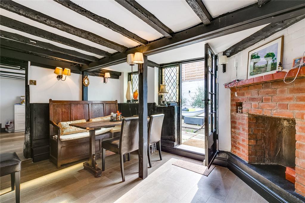 4 Bedrooms Terraced House for sale in Vine Row, Lancaster Park, Richmond, Surrey