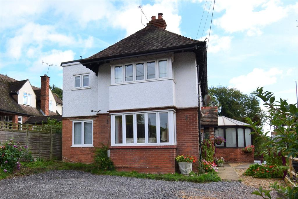 4 Bedrooms Detached House for sale in The Avenue, Mortimer, Reading, Berkshire, RG7