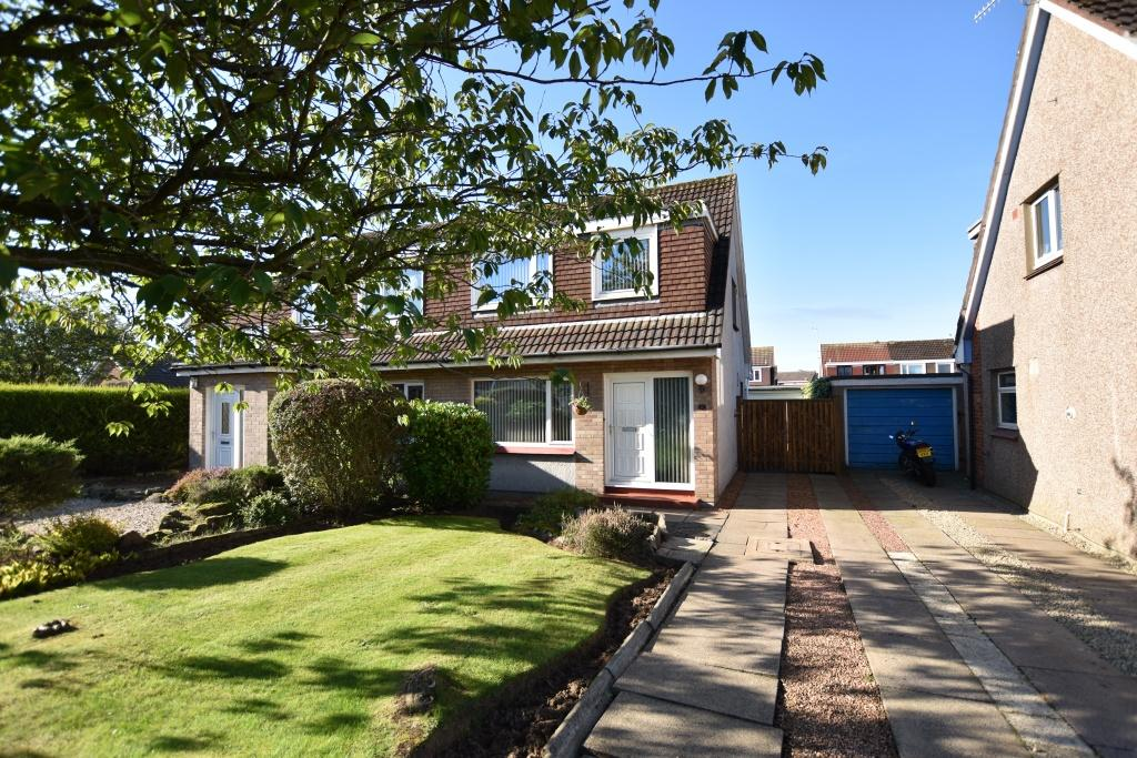 3 Bedrooms Semi-detached Villa House for sale in 6 Jura Place, Troon, KA10 6TY