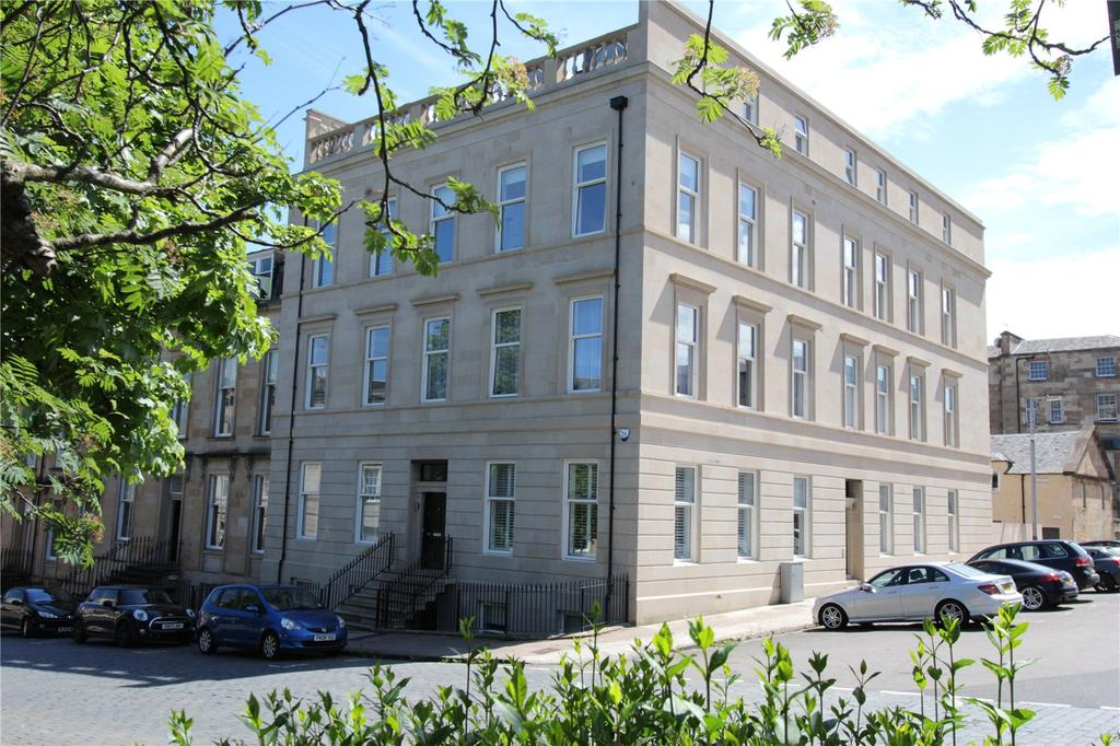 2 Bedrooms Apartment Flat for sale in 3/2, Lynedoch Terrace, Park, Glasgow