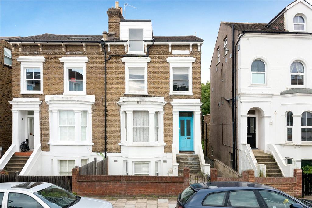 2 Bedrooms Flat for sale in Martell Road, West Dulwich, London, SE21