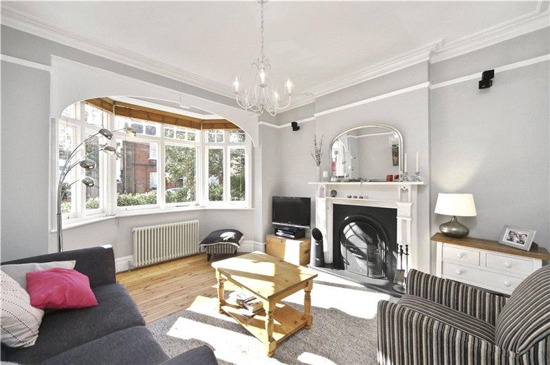 3 Bedrooms House for sale in Grafton Road, London, W3