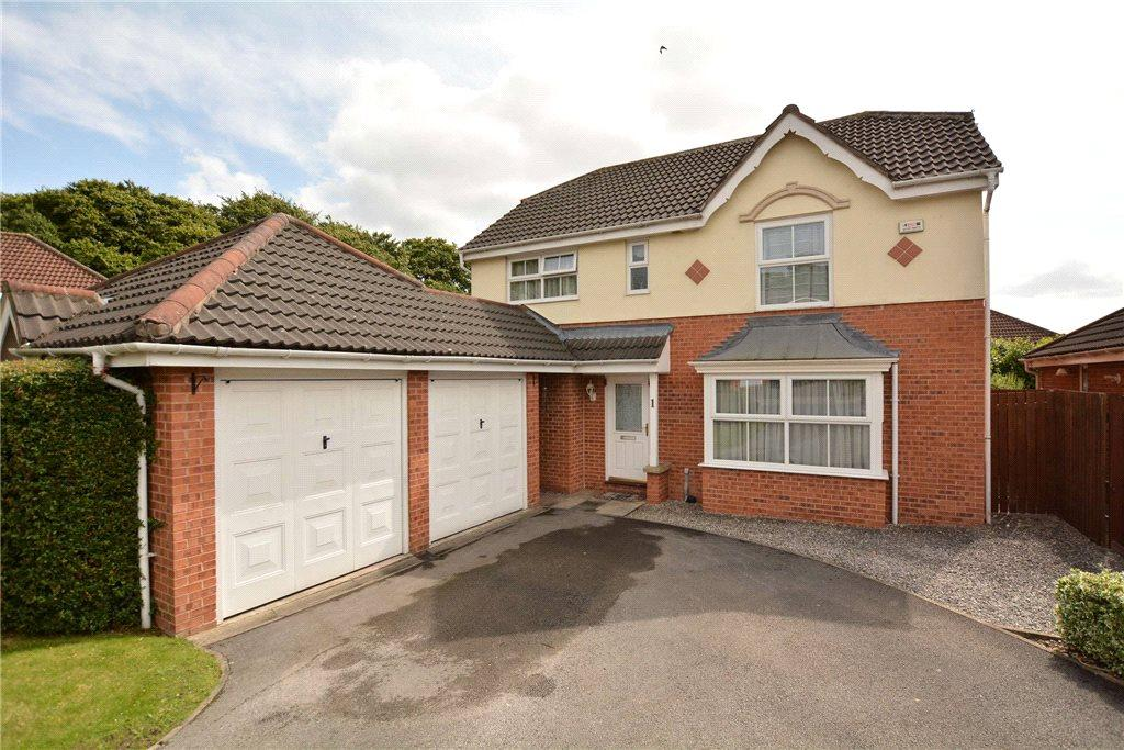 4 Bedrooms Detached House for sale in Woodlea Approach, Meanwood, Leeds, West Yorkshire