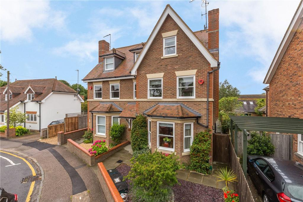 4 Bedrooms Semi Detached House for sale in Devonshire Road, Harpenden, Hertfordshire