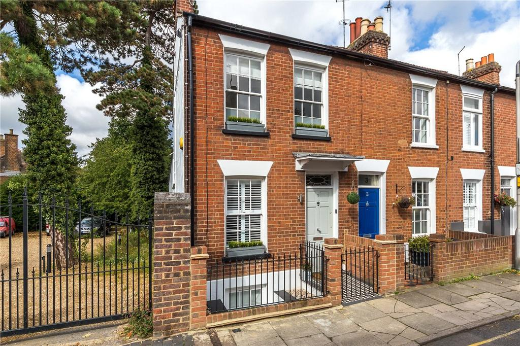 3 Bedrooms End Of Terrace House for sale in Dalton Street, St. Albans, Hertfordshire