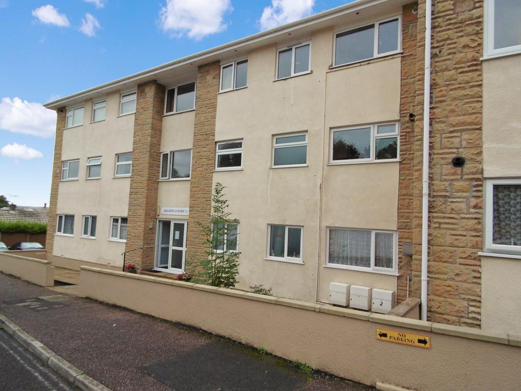 2 Bedrooms Flat for sale in Alleyn Court, Seaton