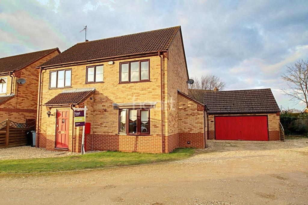 4 Bedrooms Detached House for sale in Truesdale Gardens, Langtoft, Peterborough