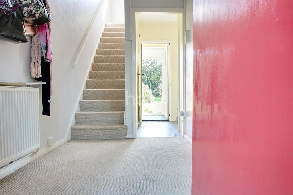Dagnam Park Drive Rm3 9sa 3 Bed End Of Terrace House 325 000