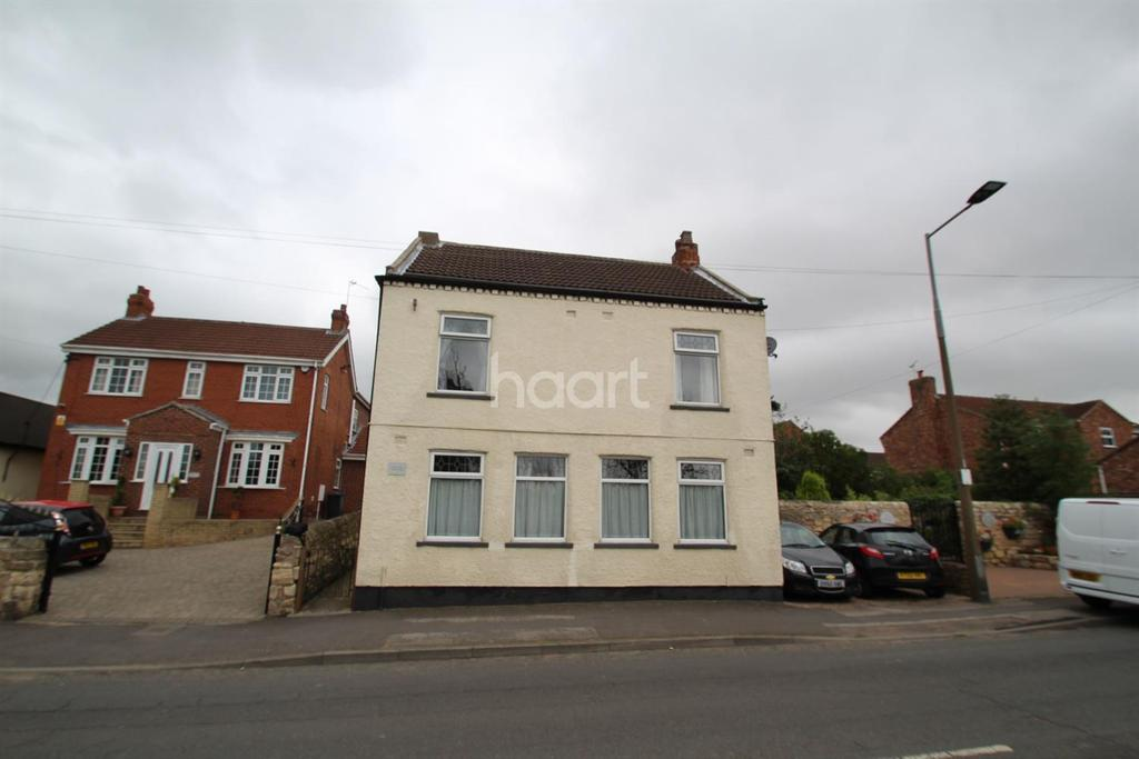 3 Bedrooms Detached House for sale in Station Road, Barnby Dun, Doncaster