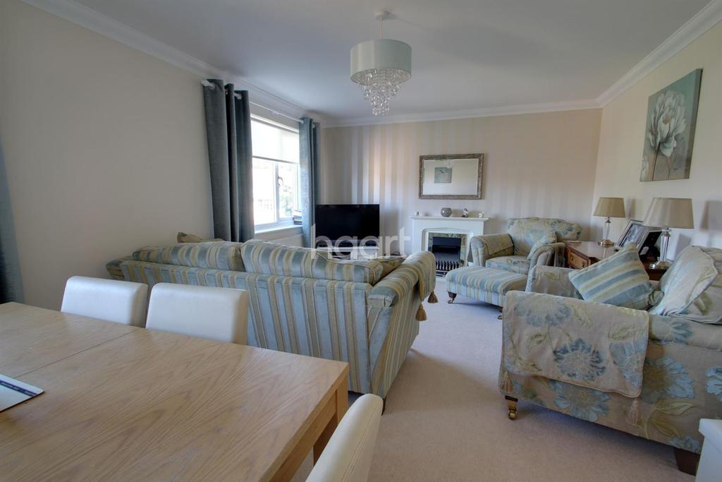 2 Bedrooms Flat for sale in Poplar Road, Broadstairs, CT10