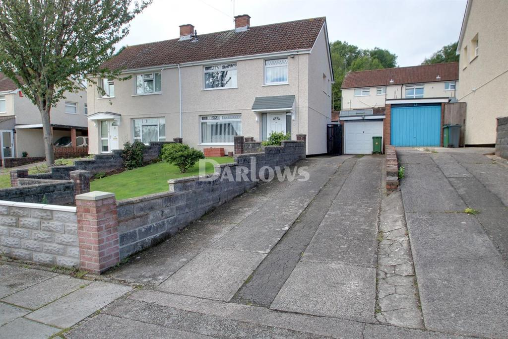 3 Bedrooms Semi Detached House for sale in Dovey Close, Rumney, Cardiff