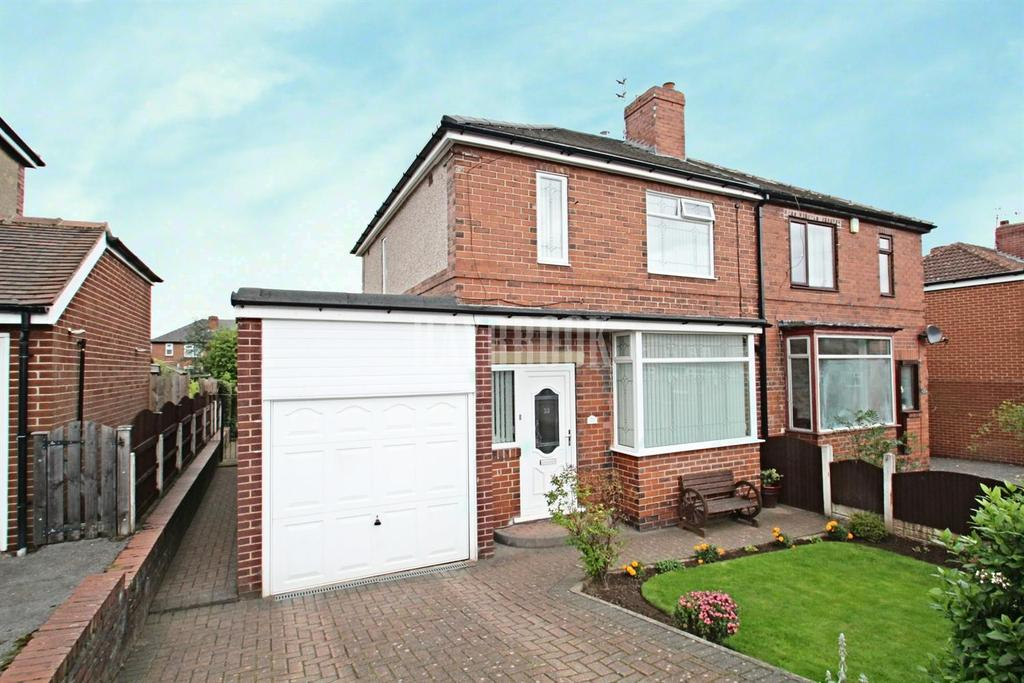 3 Bedrooms Semi Detached House for sale in Oakwood Drive, Broom