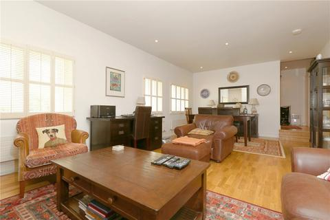 3 bedroom apartment for sale - Mansfield Street, London, W1G