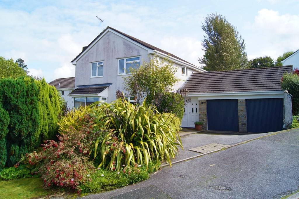 4 Bedrooms House for sale in Grange Road, Yelverton