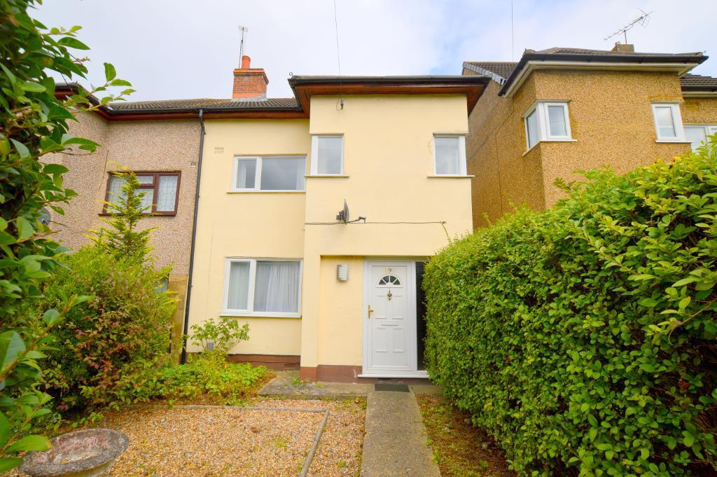 3 Bedrooms Semi Detached House for sale in Beechwood Road, Luton, LU4 9SA