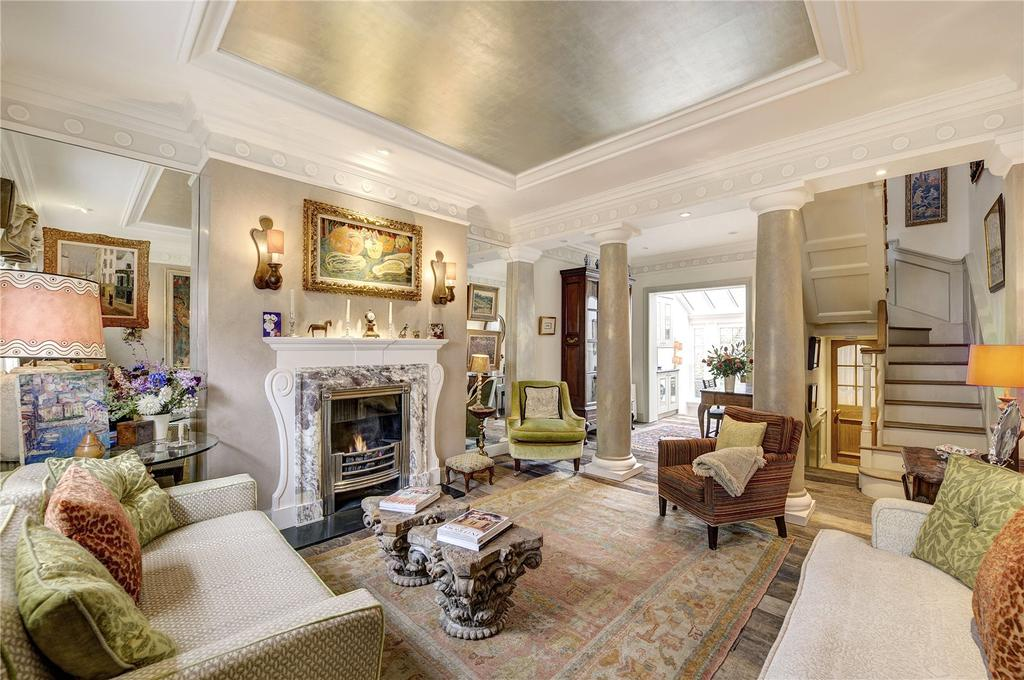 3 Bedrooms Terraced House for sale in Lawrence Street, Chelsea, London, SW3