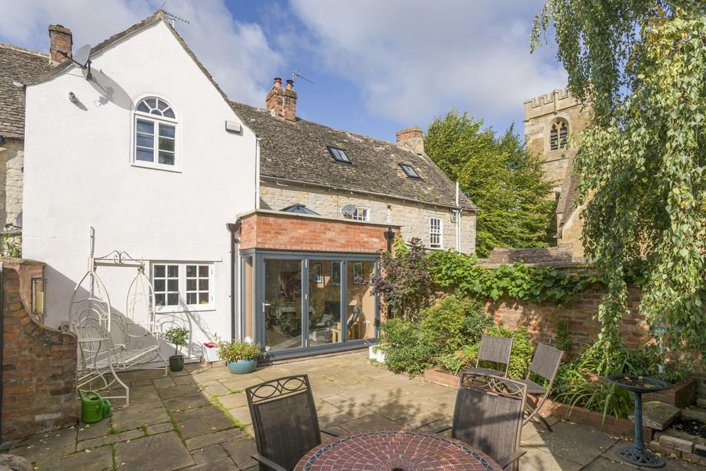 4 Bedrooms Terraced House for sale in Church Street, Shipston-On-Stour