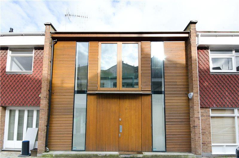 2 Bedrooms Mews House for sale in Simon Close, Portobello Road, Notting Hill, London, W11
