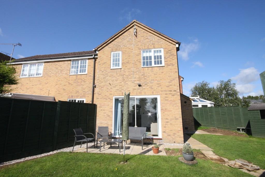 2 Bedrooms Terraced House for sale in Lunardi Court, Puckeridge
