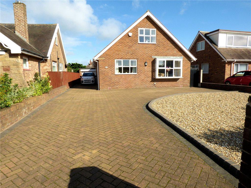3 Bedrooms Detached Bungalow for sale in Devonshire Road, Bispham, Blackpool