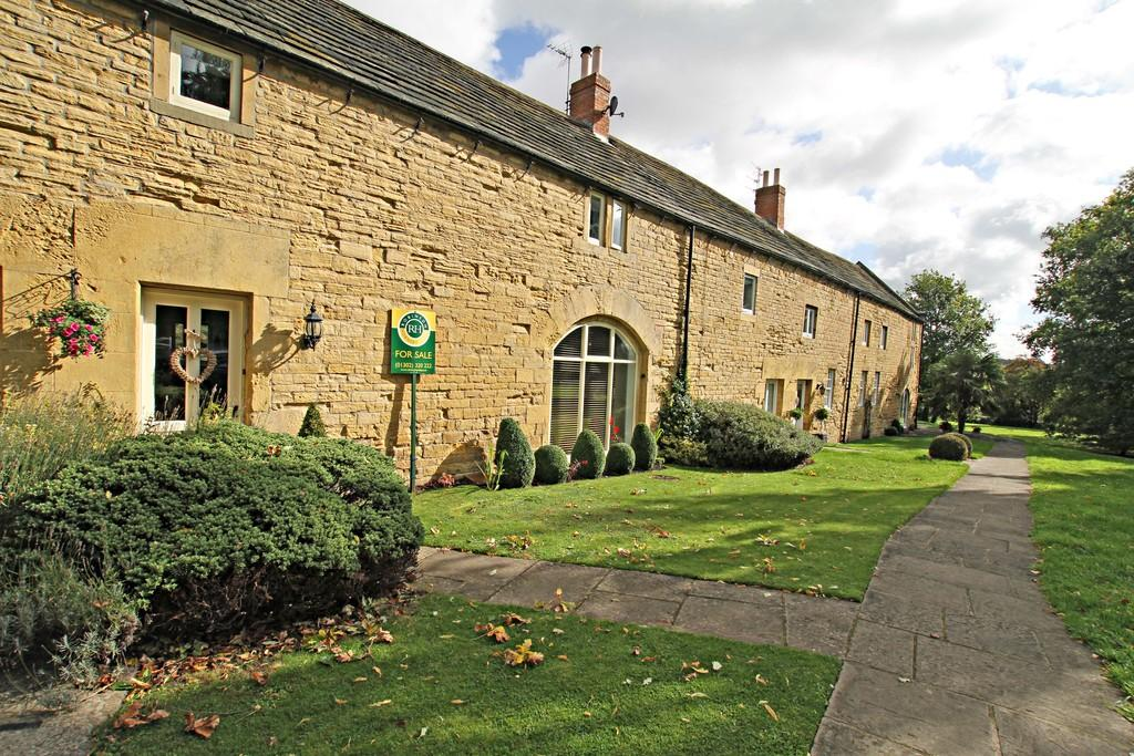 4 Bedrooms Barn Conversion Character Property for sale in Barnburgh Hall Gardens, Barnburgh, Doncaster
