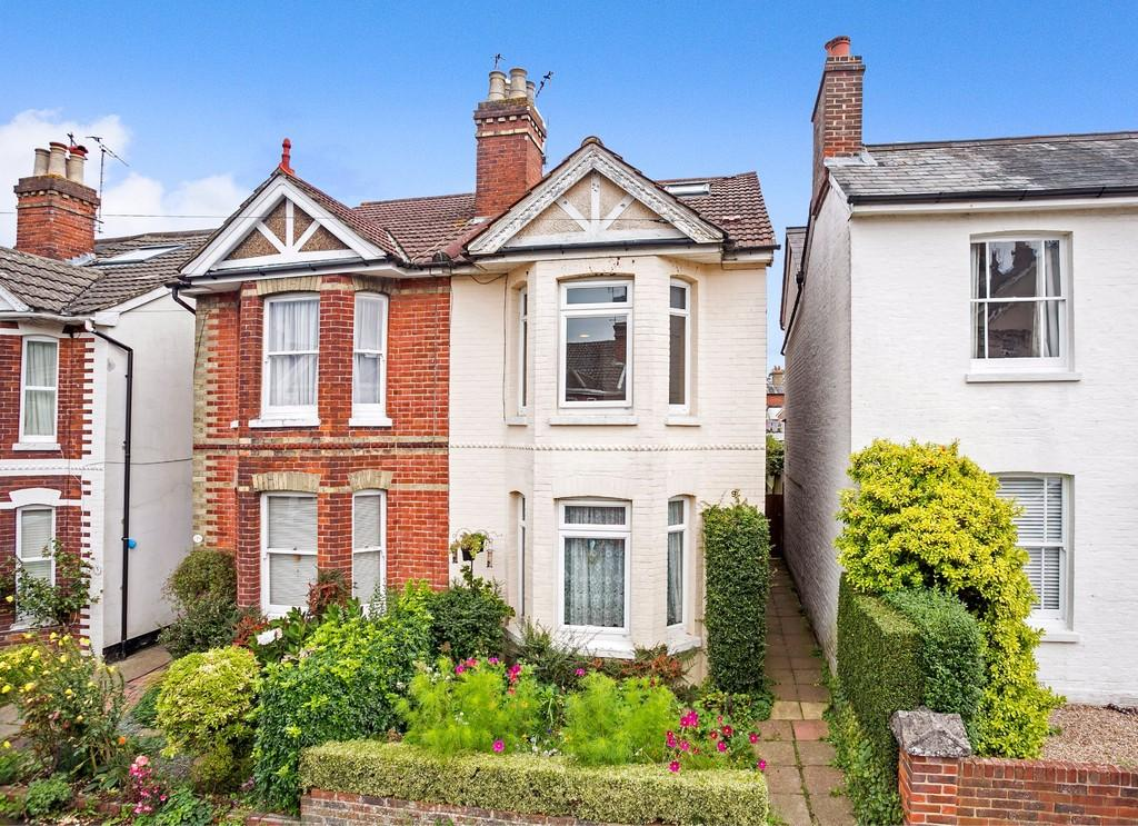 4 Bedrooms Semi Detached House for sale in Edward Street, Southborough