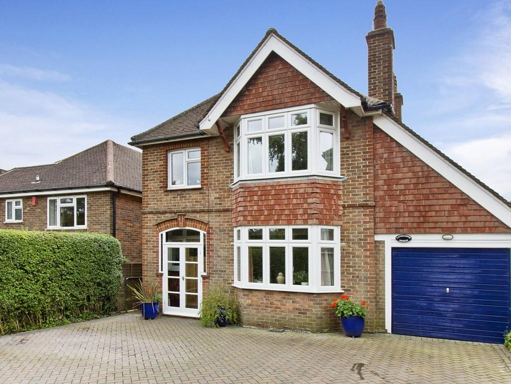 4 Bedrooms Detached House for sale in Eridge Road, Crowborough
