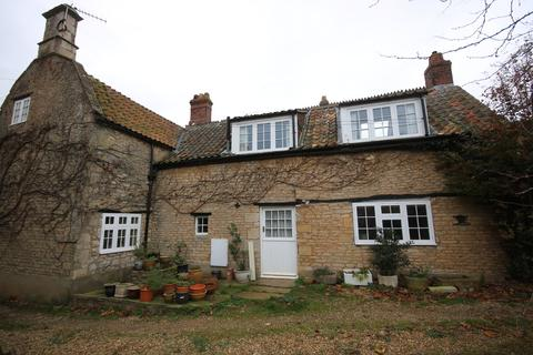3 bedroom cottage for sale - High Street, Swinstead