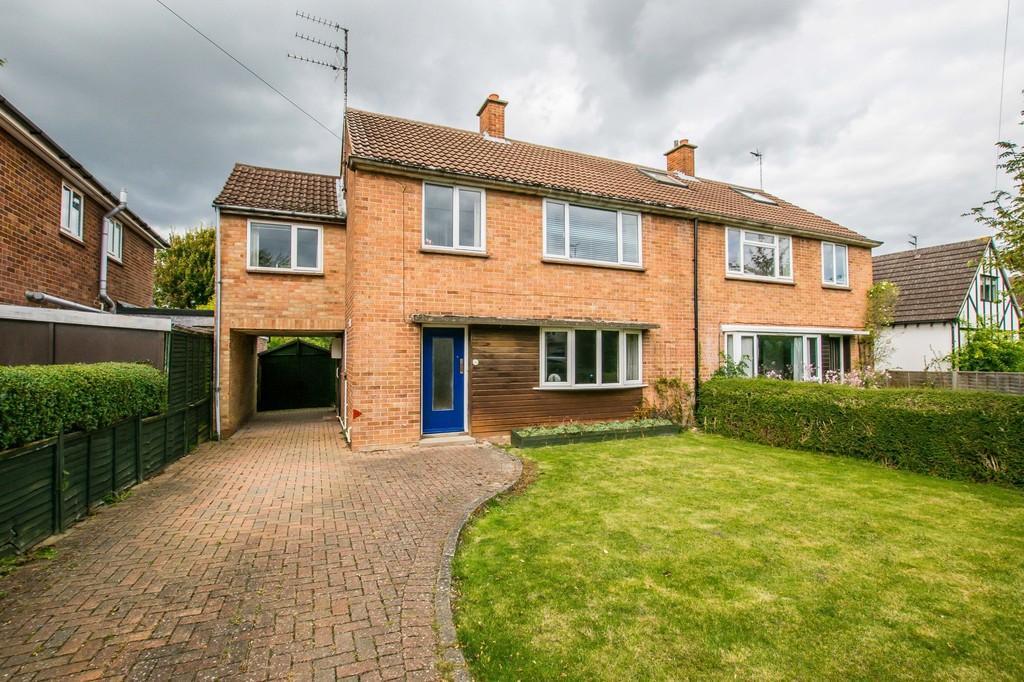 4 Bedrooms Semi Detached House for sale in Queen Ediths Way, Cambridge