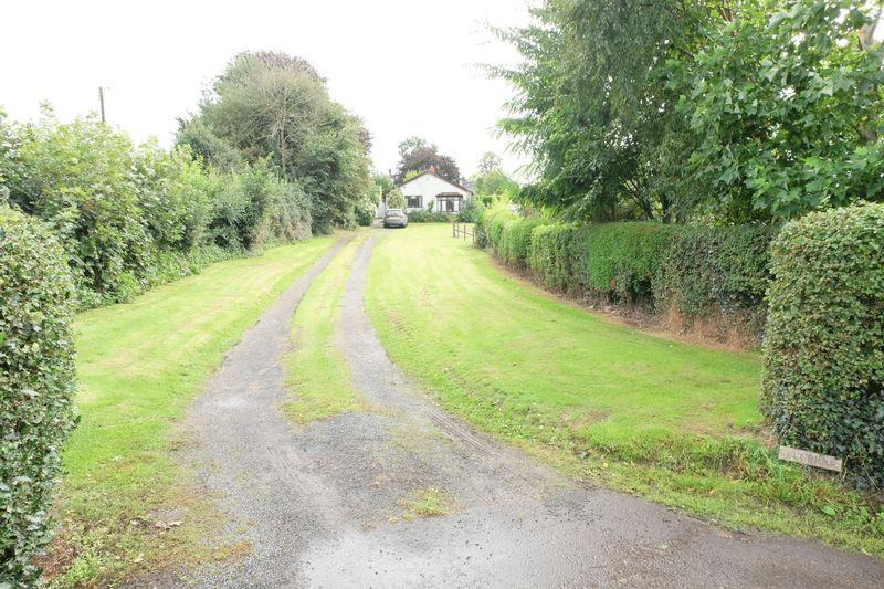 2 Bedrooms Detached Bungalow for sale in Rectory Lane, Stourport-On-Severn DY13 0TJ