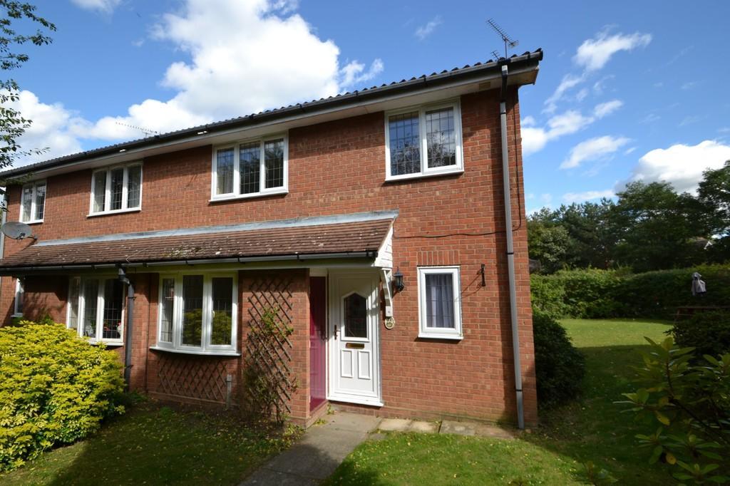2 Bedrooms Terraced House for sale in Essex Way, Purdis Farm, Ipswich, IP3 8SN
