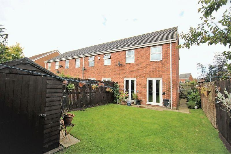 2 Bedrooms Terraced House for sale in Gooch Close, Stockton, TS19 8GE