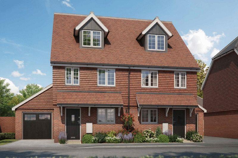 3 Bedrooms Semi Detached House for sale in Ridge Way, Haywards Heath