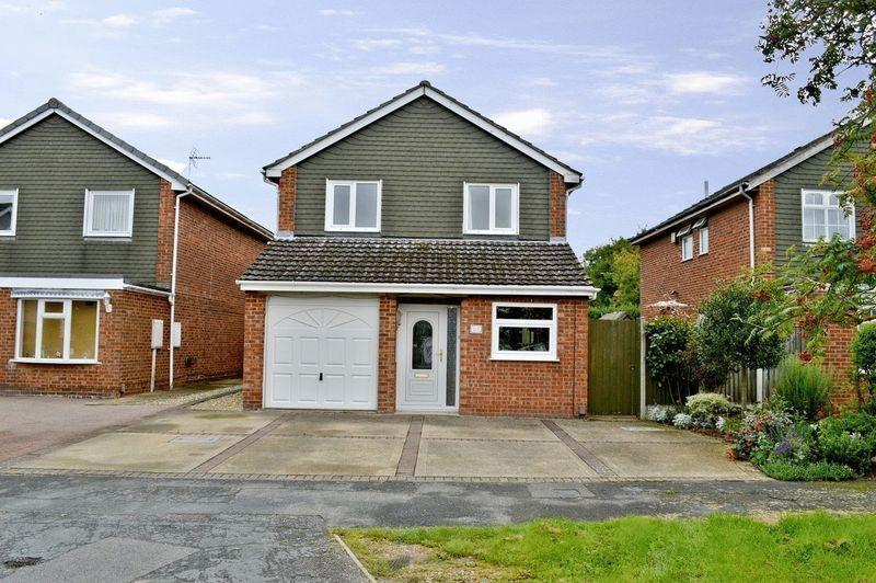 4 Bedrooms Detached House for sale in Broughton Gardens, Lincoln