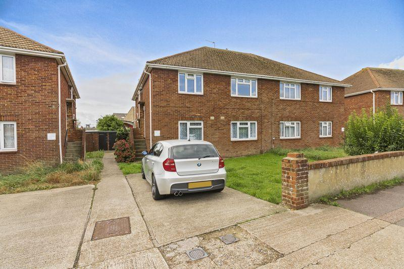 2 Bedrooms Flat for sale in Canterbury Road, Worthing