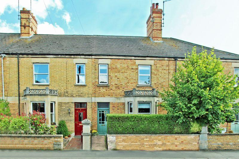 3 Bedrooms Terraced House for sale in Kings Road, Stamford