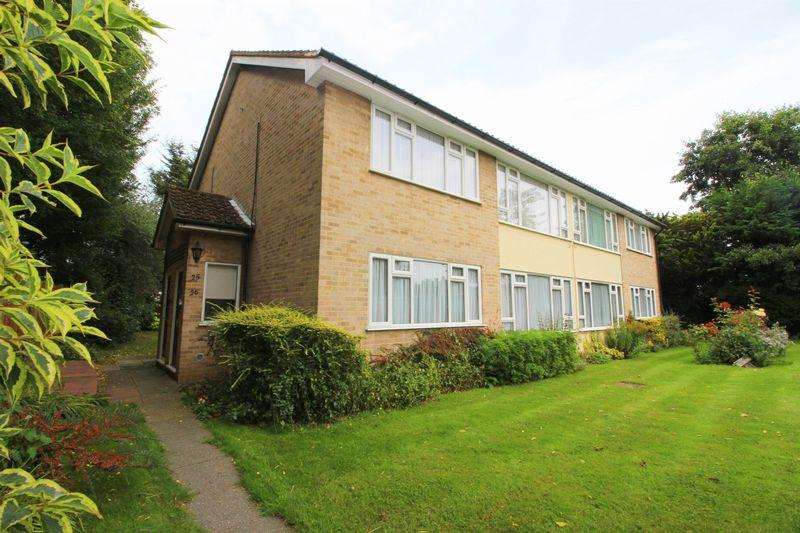2 Bedrooms Flat for sale in Lansdown Road, Sidcup