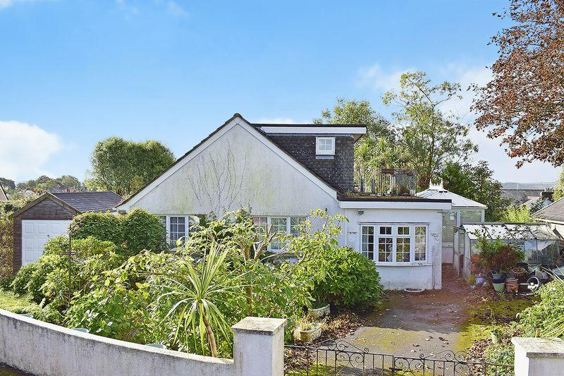4 Bedrooms Detached Bungalow for sale in Liskeard, Cornwall